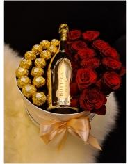 Saldainių,gėlių, butelio dekoracija dėžutėje