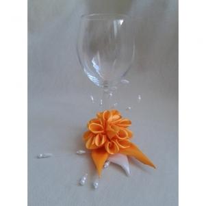 GALEERIJA : Dekoruotos taurės, satino kaspinas